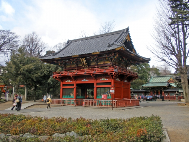 根津神社の遠景