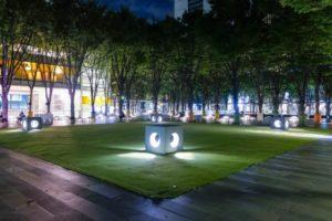 夜のけやき広場